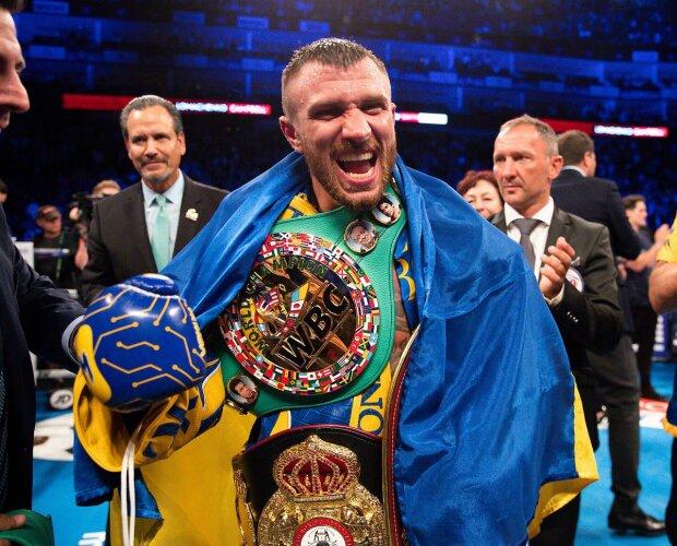 Василий Ломаченко победил британца Люка Кэмпбелла и объединил три чемпионских титула