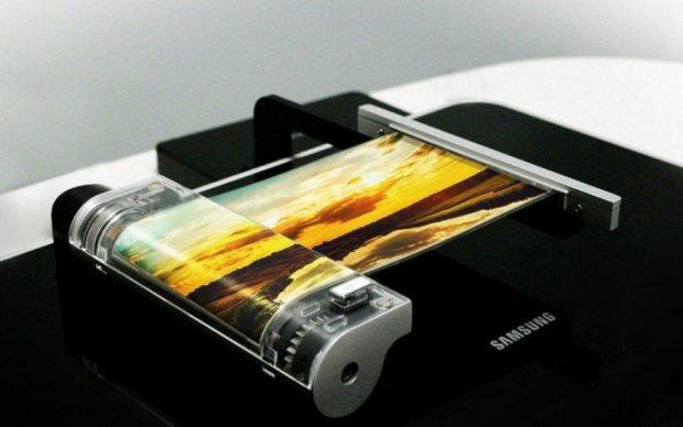 Samsung показали безсмертний смартфон
