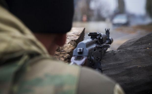 Будинок відомого політика обстріляли з гранатомета: перші кадри