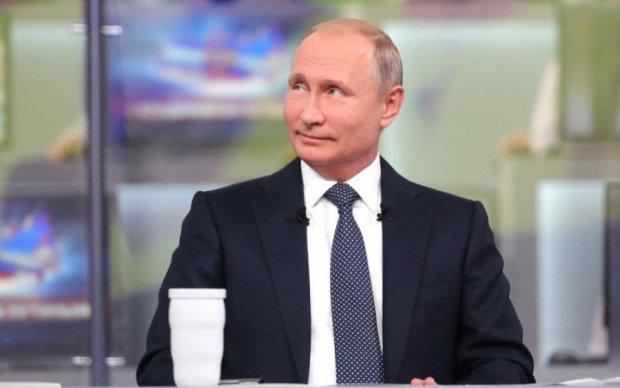 Путін засвітився у Лаврі, киянин викликав СБУ