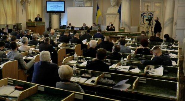 Львовские депутаты показали Зеленскому, кто такой настоящий Бандера