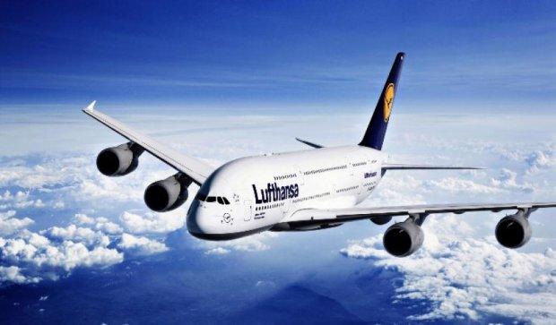 Lufthansa скорочує рейси до Росії