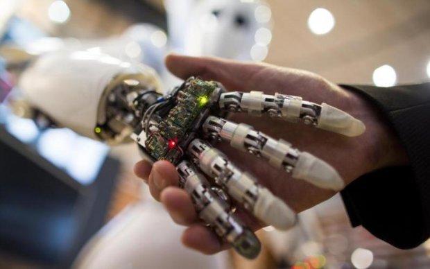С ума сошли? Европейская страна будет защищать права роботов