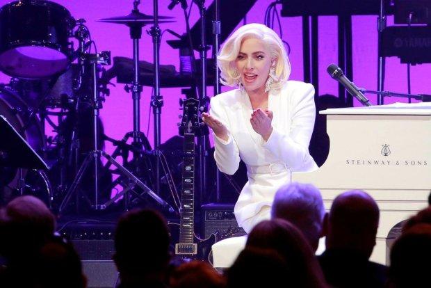 Леді Гага взяла приклад із Зеленського: Трампу дісталося на горіхи просто зі сцени