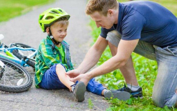 Літні травми: як уникнути забоїв, розтягнень та вивихів