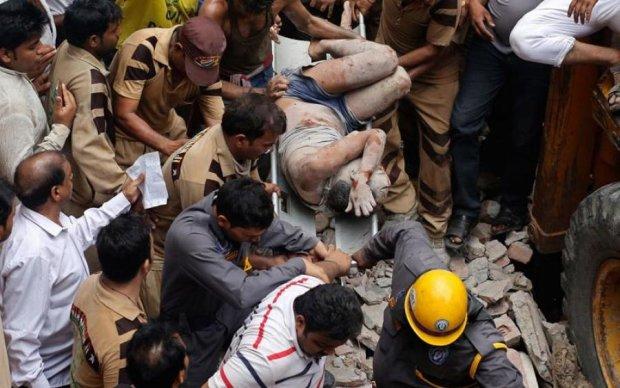 Трагічне весілля: діти загинули при обваленні будівлі в Індії