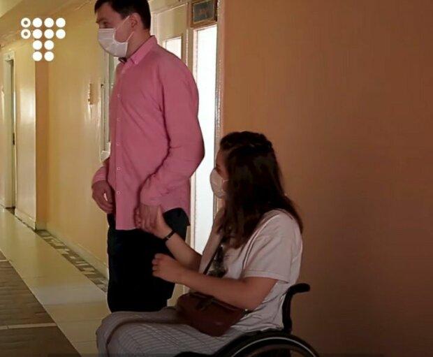 """Украинка с инвалидностью прошла сквозь ад ради долгожданного малыша: """"Беременна? Аборт, быстро!"""""""