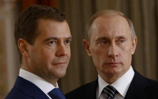 """Вслед за Медведевым """"смертельно заболел"""" Путин"""