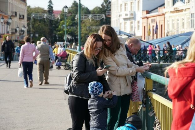 Прогулянка Ужгородом, фото з соціальних мереж