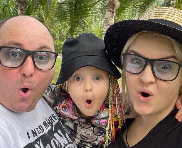 Юрій Ткач з дружиною та донькою, фото: Instagram