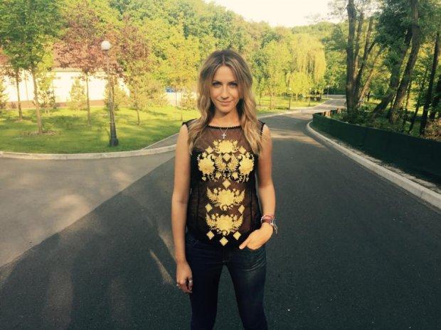 Леся Никитюк продемонстрировала универсальный макияж: подойдет каждой красавице