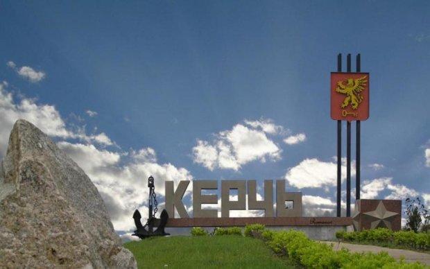 Керченський міст розвалюється на очах: фото