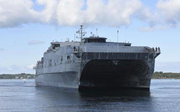 Уникальный американский корабль приплыл защищать Черное море