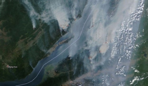 Лесные пожары в России можно увидеть из космоса