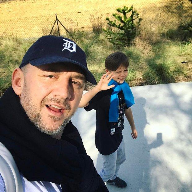 У сына Потапа выпускной: большой мальчик зачитал украинский реп