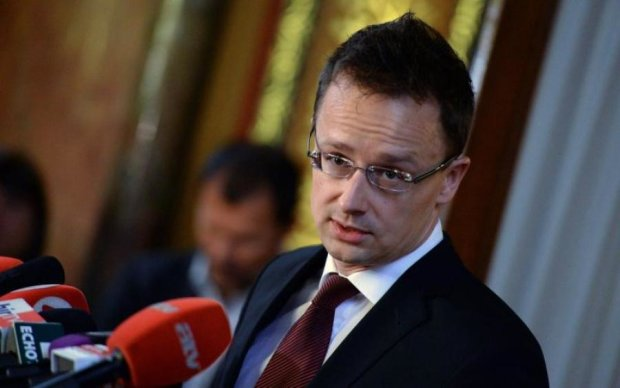 Заблокируем все: венгры вновь полезли учить украинцев уму