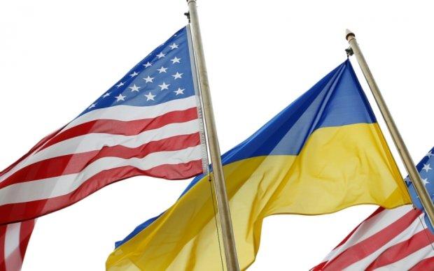 В українському посольстві прокоментували скорочення допомоги США