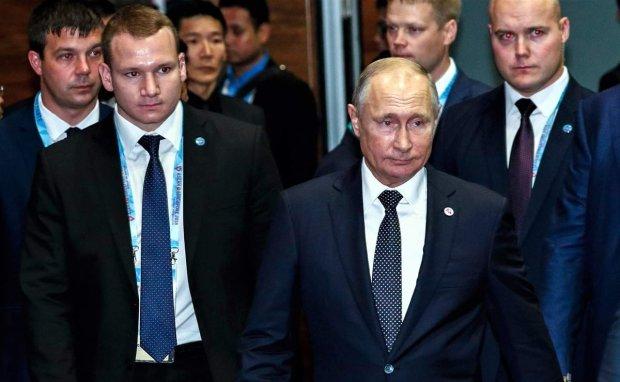 Охрану Путина поймали за необычным занятием: мальчики, которые умеют
