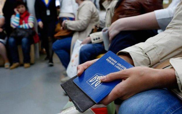 Безвиз - все? Украинцев замучают при въезде в ЕС