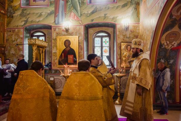 Покрова Пресвятой Богородицы 2019: традиции и главные особенности праздника