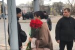 У Києві рідні Героїв Небесної Сотні не могли покласти квіти до меморіалу через Зеленського
