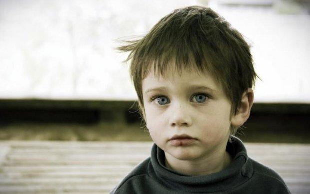Дайте мне работу: украинцы в слезах от истории мальчика, который хочет спасти маму
