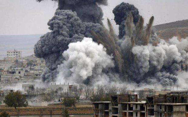 Ракетний удар США та союзників по Сирії: яскрава відеопідбірка