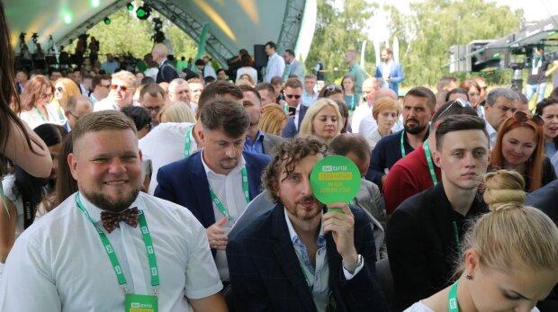 """У Зеленского заговорили о коалиции с """"Голосом"""": за Вакарчуком оставили последнее слово"""