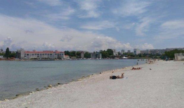 Севастопольский пляж остался без песка