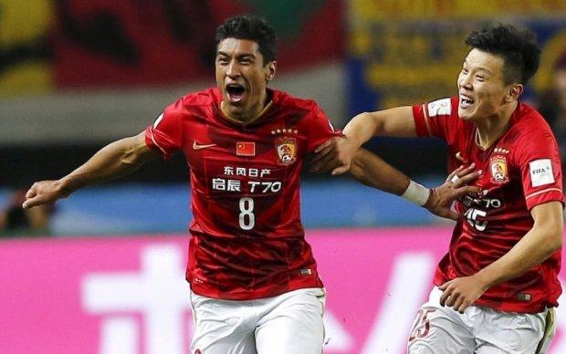 У Китаї футболіст не визнає своєї провини за рекламу ставок разом з порнозіркою