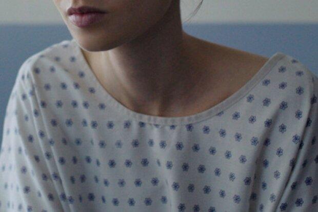 Юна дівчина вдалась до евтаназії