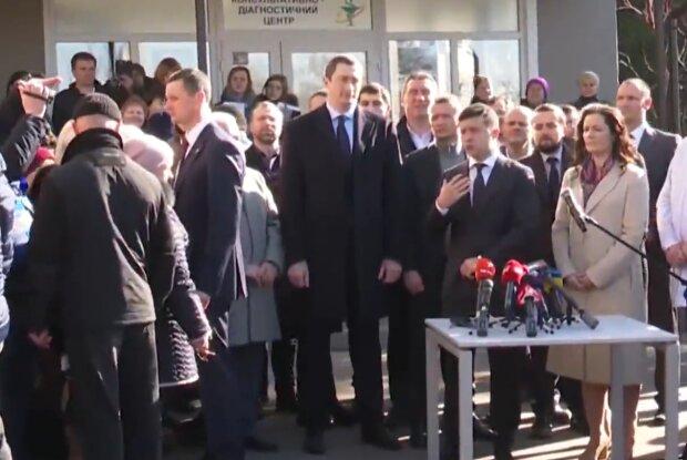 Володимир Зеленський у Борисполі, скріншот: president.gov.ua