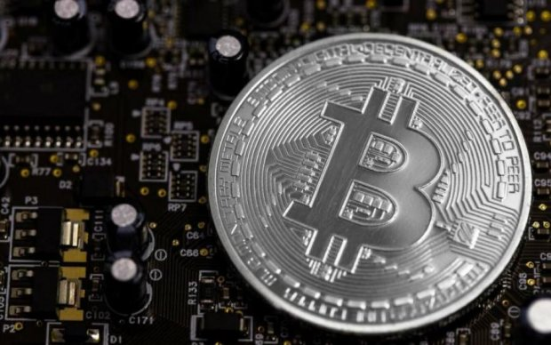 Новий троян змушує комп'ютер майнити Bitcoin, але не для вас