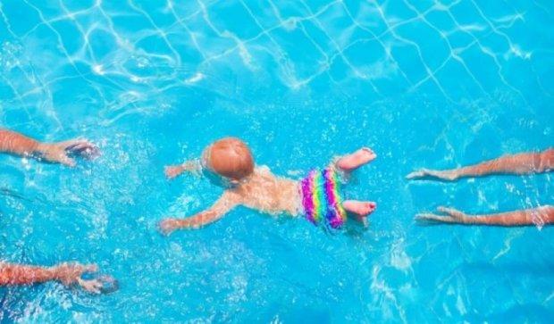 Як вберегти дитину під час купання у водоймі