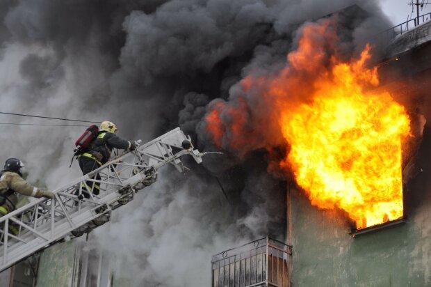 На Львівщині двоє чоловіків згоріли живцем