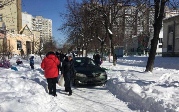 Скасування валютного ліміту: як зміниться життя українців