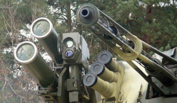 """Під Житомиром випробували нову українську зброю """"Шквал"""""""