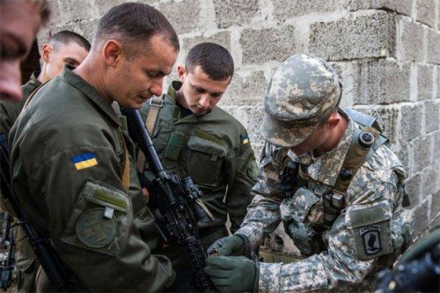 Американські військові з листопада почнуть навчати шість батальйонів ВСУ