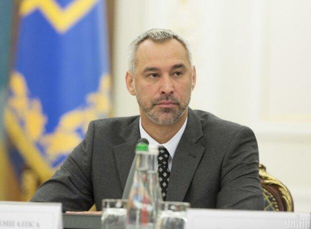 Рябошапка терміново викликає на килим усіх прокурорів та слідчих: звідки такий поспіх