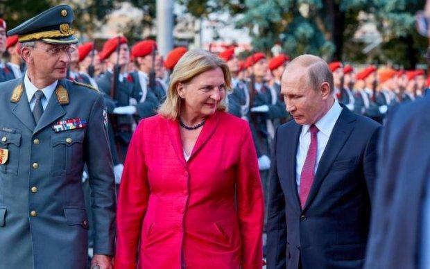 Свадьба в Австрии: Путин не изменил своей мерзкой привычке
