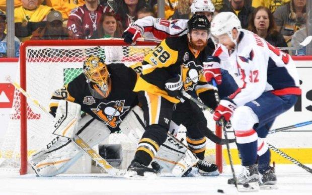 НХЛ: Неймовірні сейви Флері і фінт Макдевіда в найкращих моментах тижня