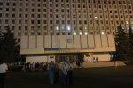 ЦВК замінували за мить до оголошення результатів виборів: людей евакуюють, вхід заборонено