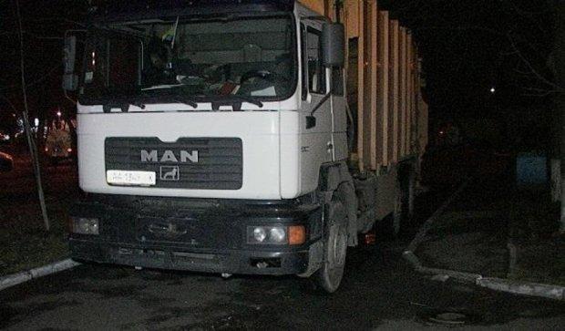 Кривава аварія: водій сміттєвоза вбив бабцю (фото)