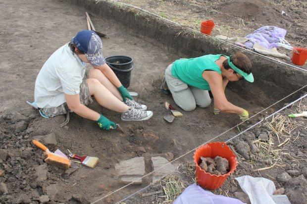 """Убивали и охотились: археологи наткнулись на """"кровавый след""""  древних предков индейцев"""