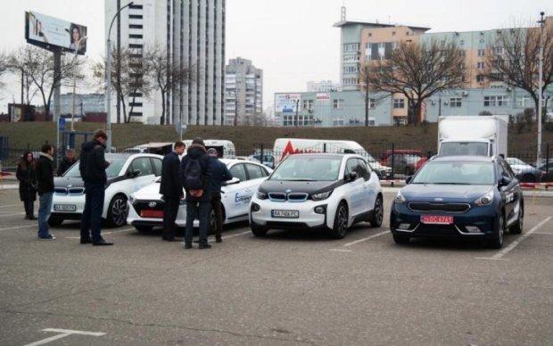 Цены на иномарки: депутаты хотят взорвать рынок авто