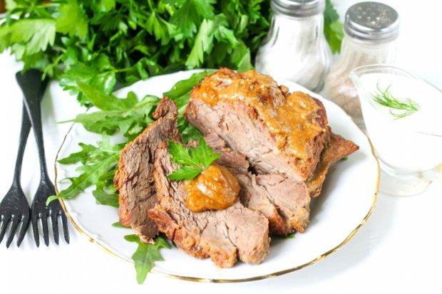 Вишуканий рецепт яловичини в медовому соусі з гірчицею