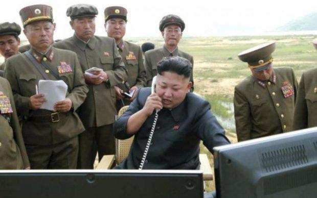 Південнокорейські військові побачили нерозпізнаний об'єкт, про всяк випадок розстріляли
