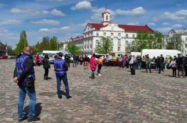 Предтеча карантинного майдана — работники рынков восстали против засилья власти