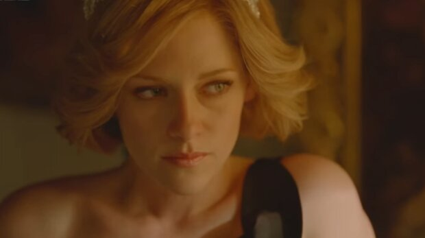 Кристен Стюарт, скриншот из видео