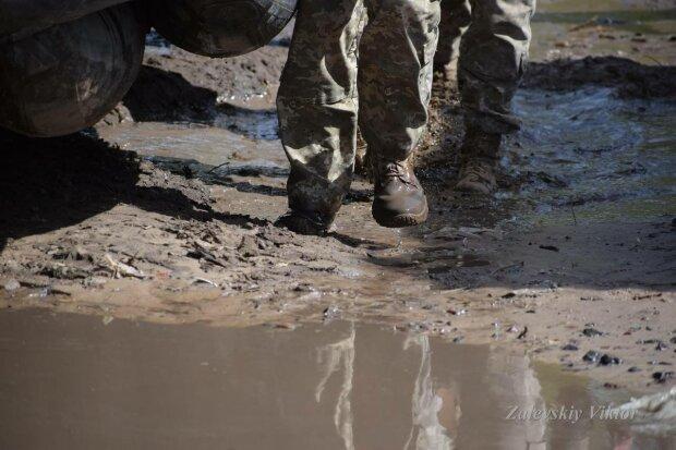 Військові, фото: Facebook